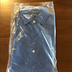 Banana Republic Camden fit shirt - Medium